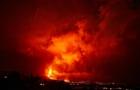 西班牙一火山持续喷发