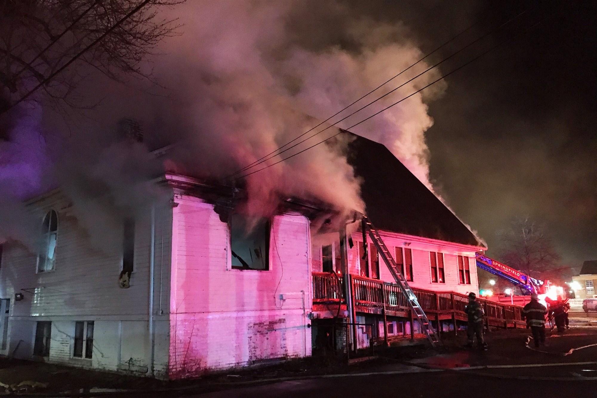 201228-church-fire-massachusetts-jm-1348_15001f166daa5f62c9b416974b97386a.fit-2000w.jpg