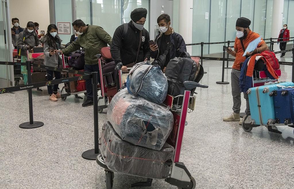 加拿大禁止印度和巴基斯坦的客运航班入境