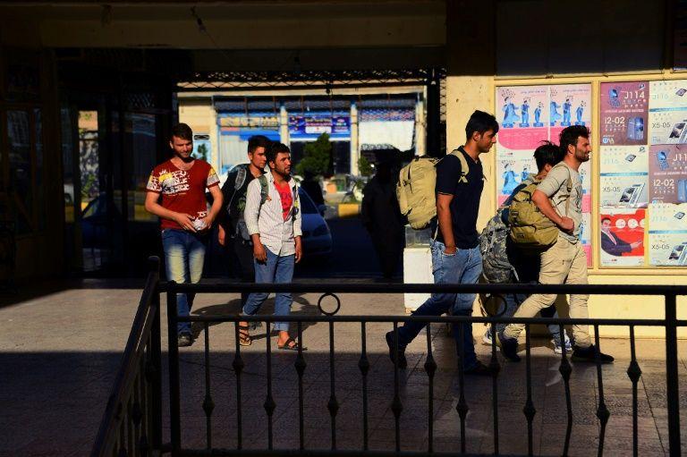 大批在伊的阿富汗移民被迫回家