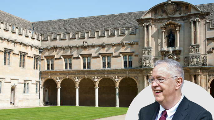 牛津大学教授约翰是莎士比亚文学专家
