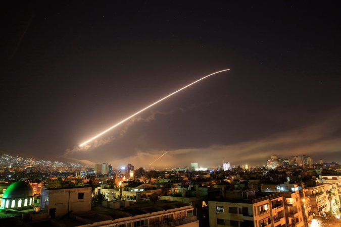 美英法今年4月对叙利亚展开袭击。