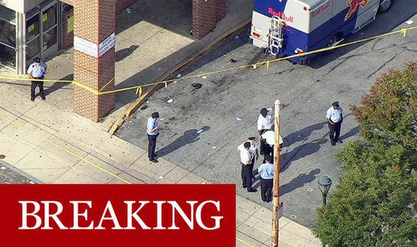 美国费城购物中心发生枪击事件 5人受伤 枪手在逃