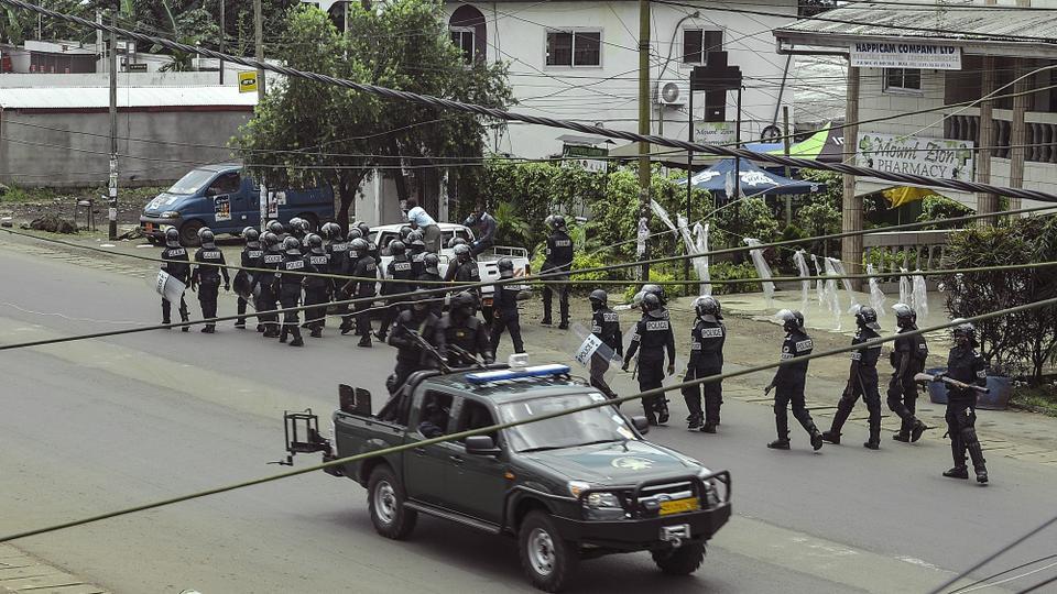 喀麦隆英语区发生武装冲突 致25人死亡