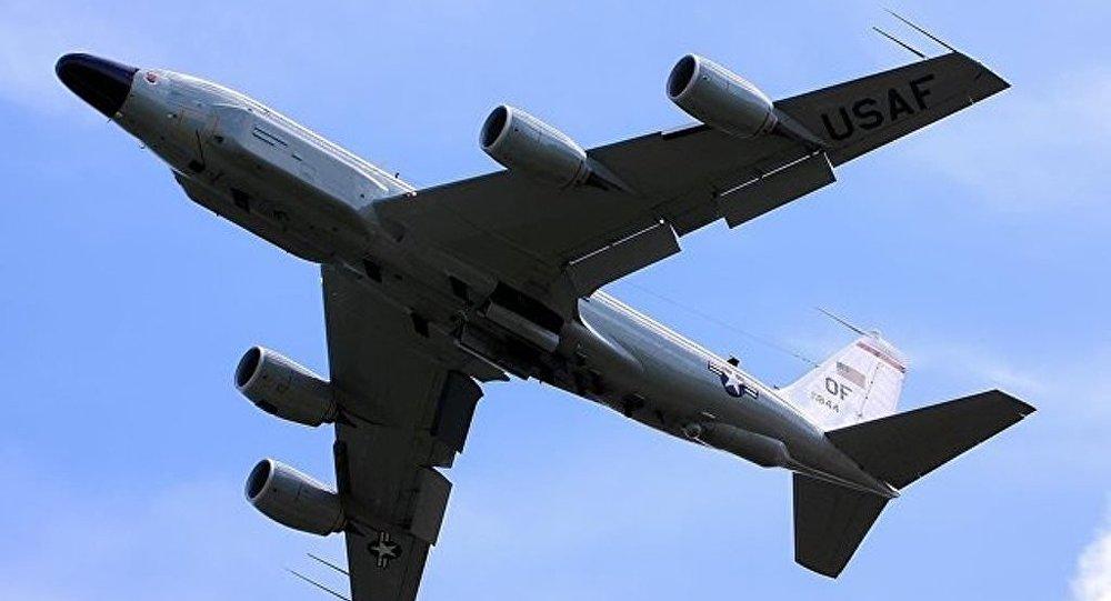 """乌克兰媒体称,美军机26日闯入俄罗斯""""后花园""""。"""