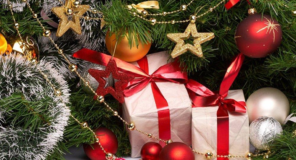苏格兰一男子夜爬圣诞树 失足坠落后不幸身亡