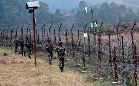 巴军击落了一架在有争议的克什米尔地区上空飞行的印度无人机。(图源:印媒)