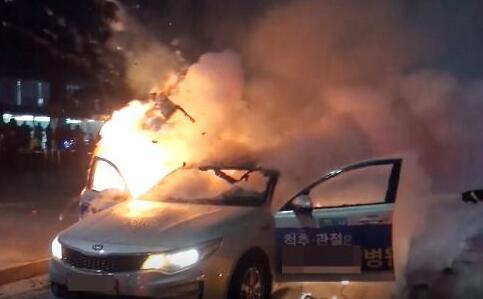 又一韩国出租车司机自焚身亡 这次在美国使馆附近