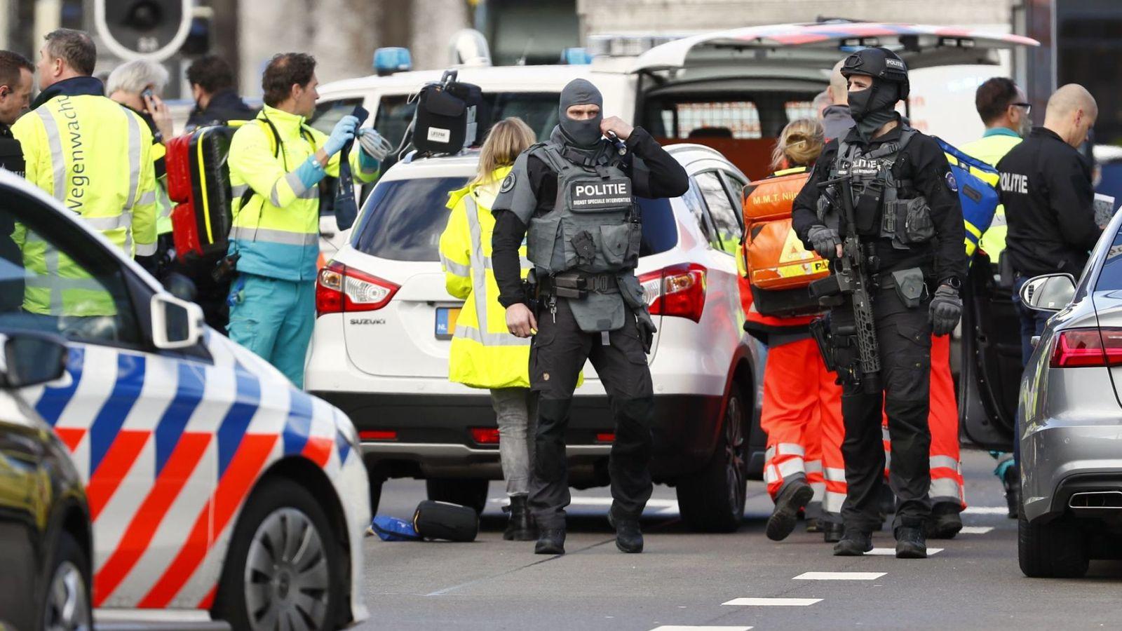荷兰发生枪击事件:已致多人受伤 枪手仍在逃