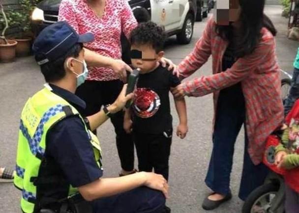 自行车撞上特斯拉 台5岁男童接受酒测惹争议