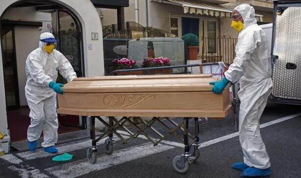 全球新冠肺炎确诊病例超450万例 死亡逾30万例