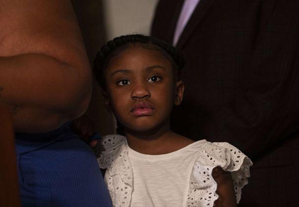 6岁的吉安娜·弗洛伊德(图源:Getty)