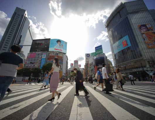 日本仅一地睡眠时间超过8小时 专家:老年人多,为省电都爱早睡