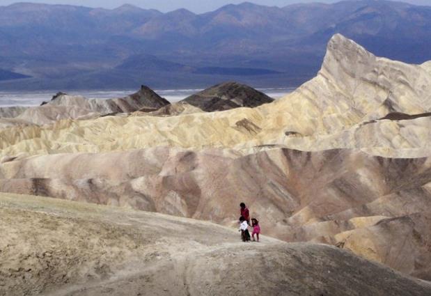 美国死亡谷录得超54摄氏度高温 有望刷新百年来地球最高纪录