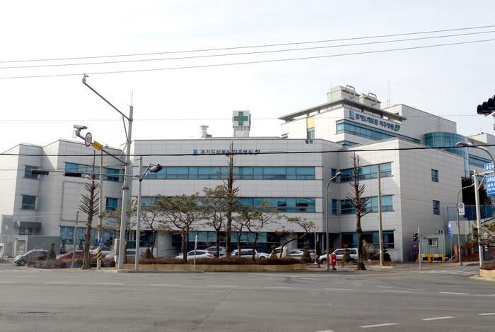 一名确诊信徒从韩国坡州医院逃跑(《韩民族》)