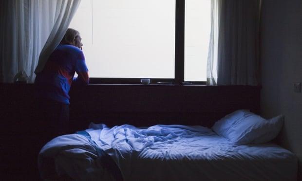 疫情期间 英国成年人患抑郁症数量翻倍