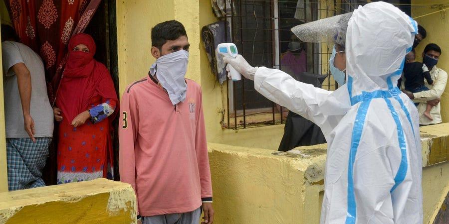 图为疫情下的印度街头(图:Getty)