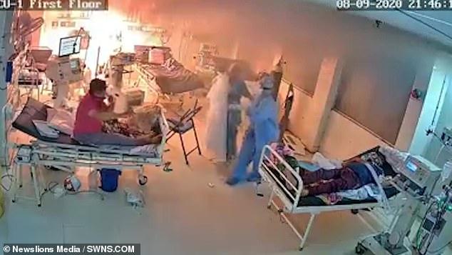 印度一新冠病房的呼吸机爆炸起火。(图:SWNS)