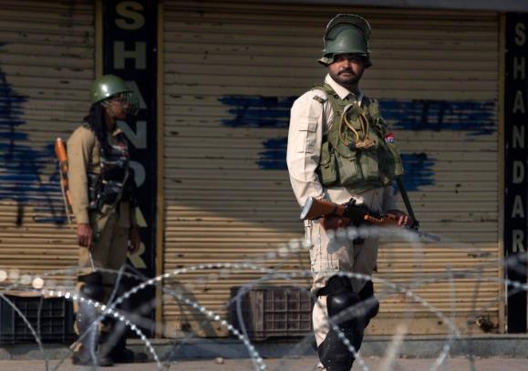 """反转!印军声称击毙3名""""恐怖分子"""" 调查后发现只是无辜劳工"""