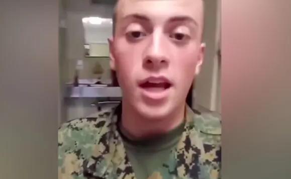 美国士兵贾勒特·莫福德在视频中发表辱华言论(视频截图)