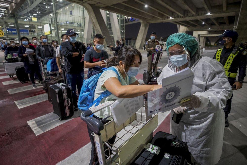 泰国迎来疫情暴发7个月后首批外国游客,系39名中国人