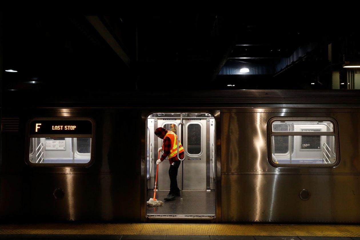 美国研究:纽约交通系统近四分之一员工感染新冠