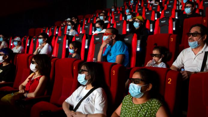 外媒:中国票房首超北美 好莱坞失去票房魔力