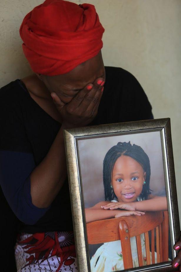 南非6岁女孩外出买薯片遭奸杀:倒在家附近灌木丛 上身有刀伤