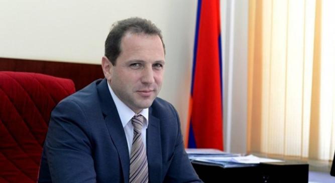 外媒:亚美尼亚国防部长已辞职 前防长将接任