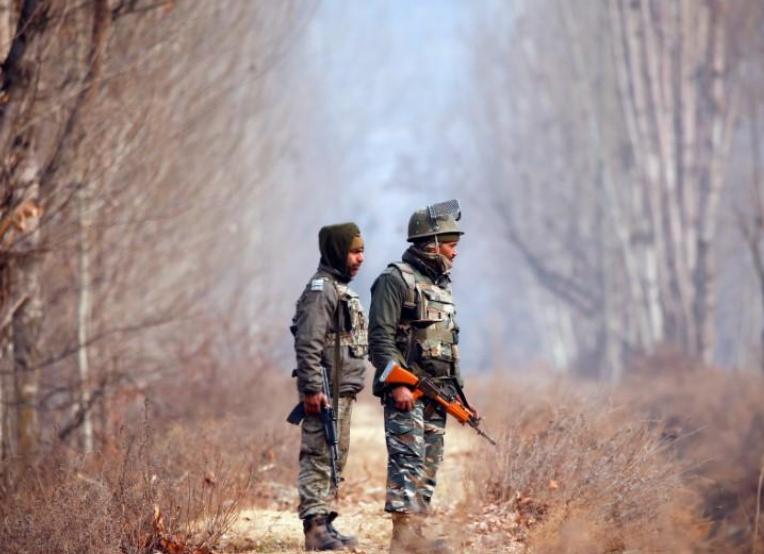 印度一安全部队遇炸弹袭击 致1死10伤