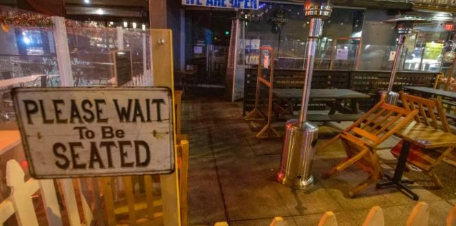 美国洛杉矶发布防疫紧急令 禁止全城民众出门
