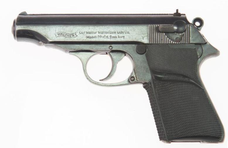 已故男星肖恩·康纳利所使用的瓦尔特PP手枪(图源:路透社)