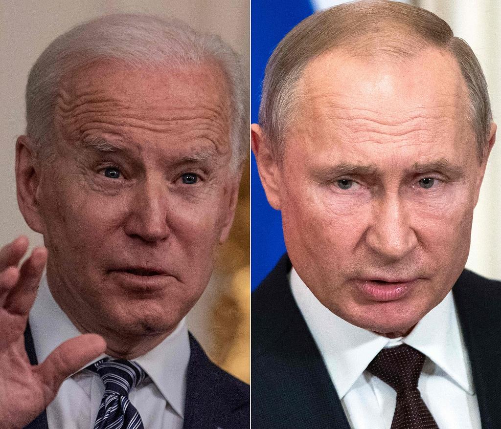 美总统拜登(左)与俄总统普京(右)