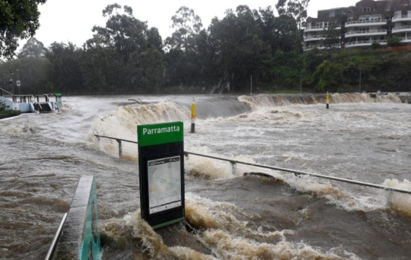 当地时间3月20日,暴雨在澳大利亚悉尼引发洪灾。