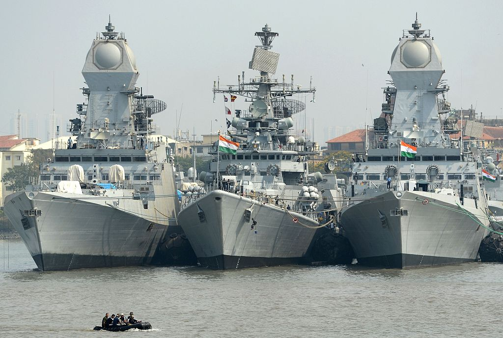 印度海军舰船(资料图)