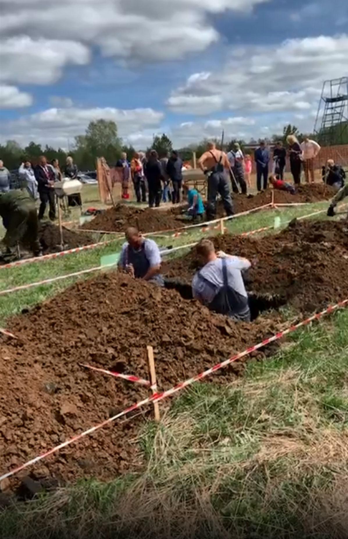 俄罗斯举办挖坟竞速赛:坟坑要深过1米6 还需整洁(图)