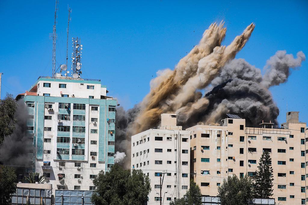 以军空袭加沙地带多家媒体所在大楼