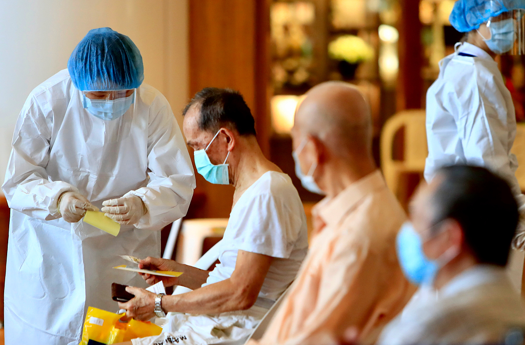 台湾新增54例本土新冠病例 新增8例死亡病例
