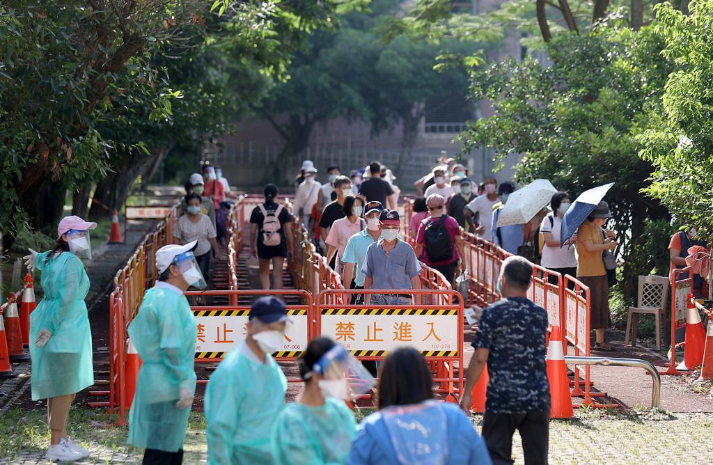 台湾新增31例本土新冠病例 新增6例死亡病例