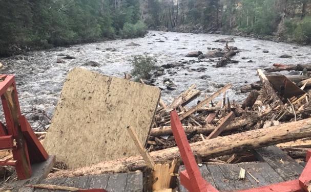 美国科罗拉多州遭遇洪灾 已致3人死亡1人失踪